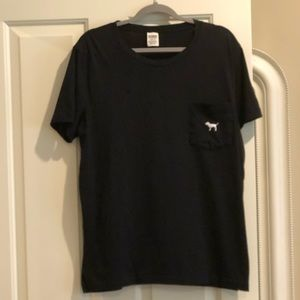 🆕PINK Victoria's Secret SS T-shirt